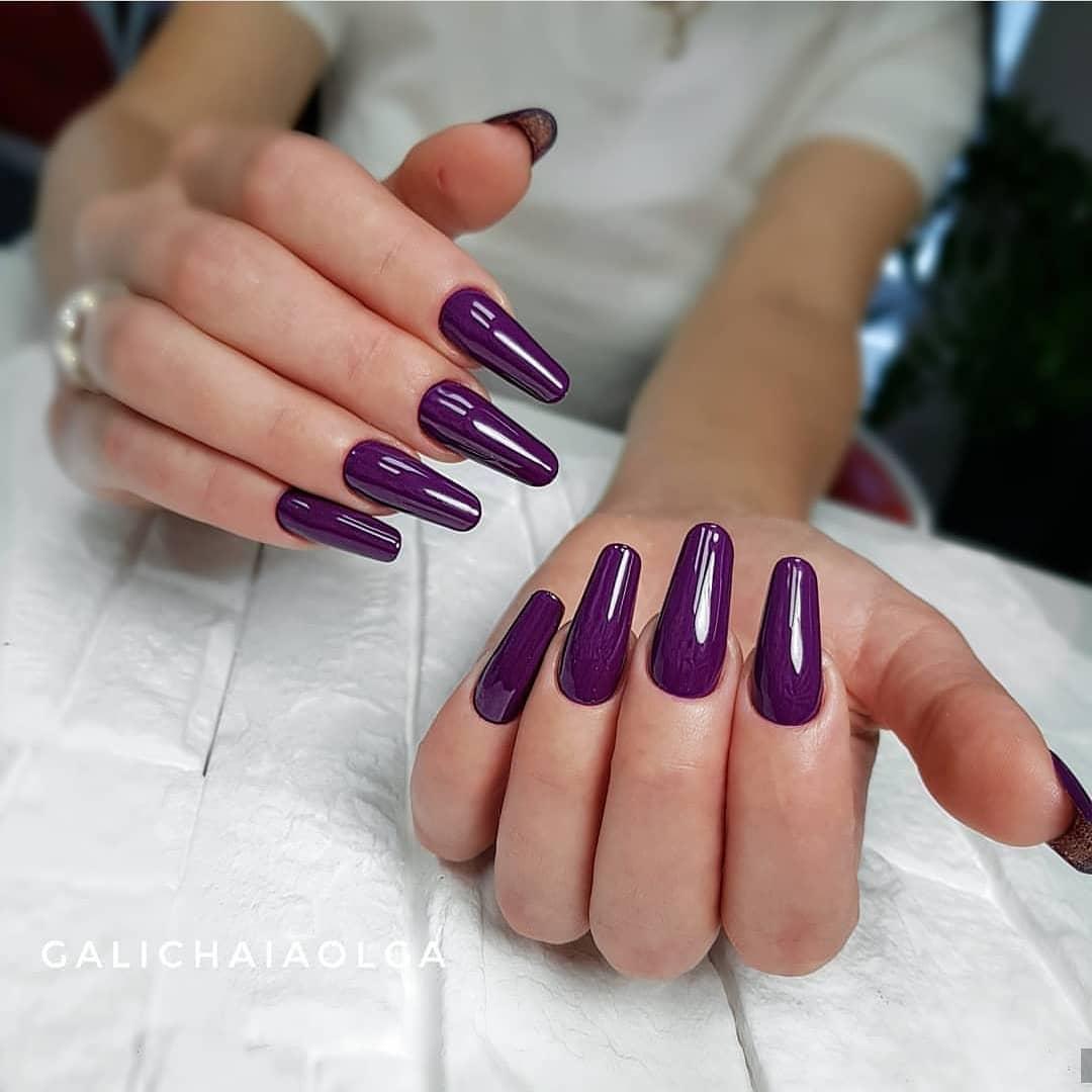 модный цвет маникюра_12