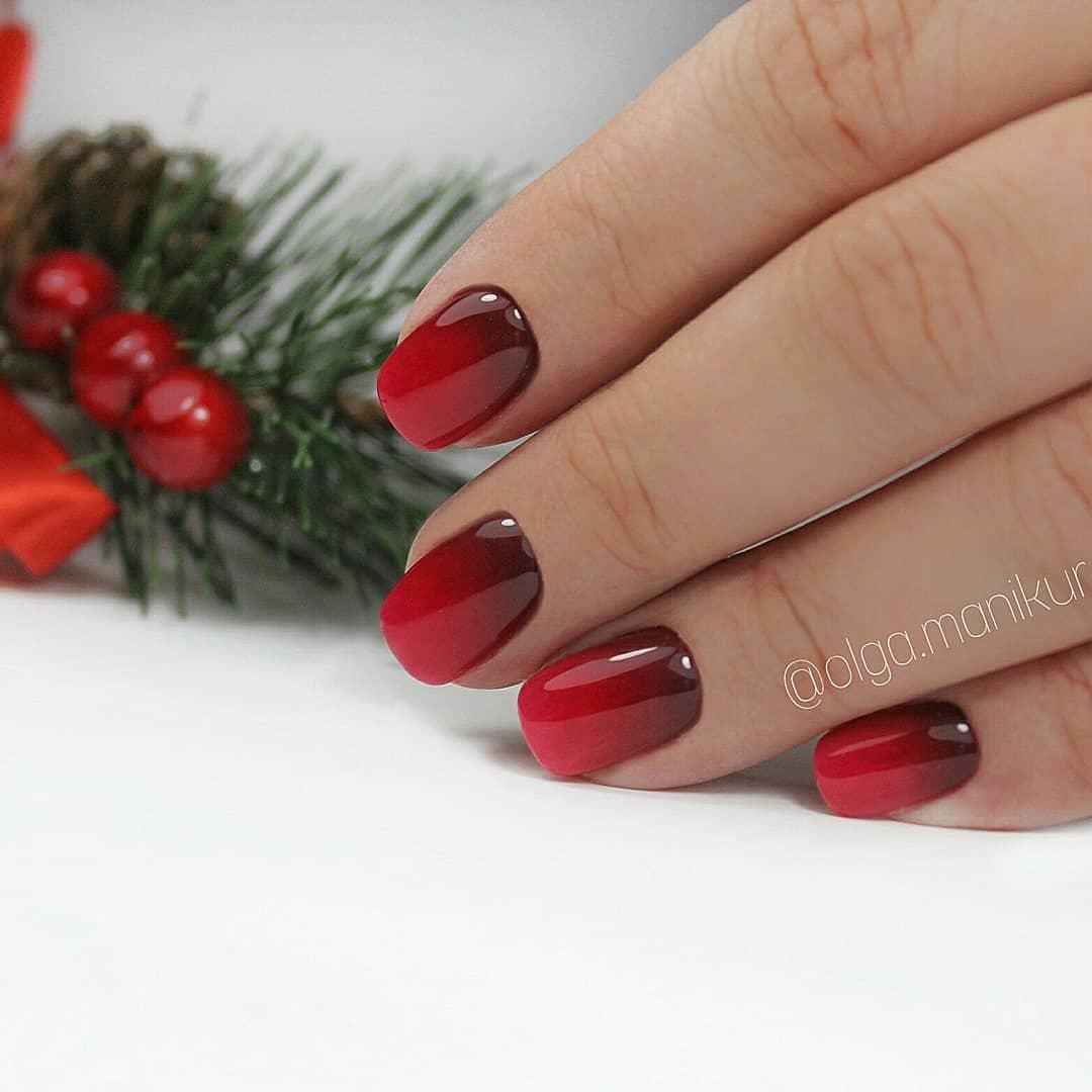 Красное омбре на ногтях_12