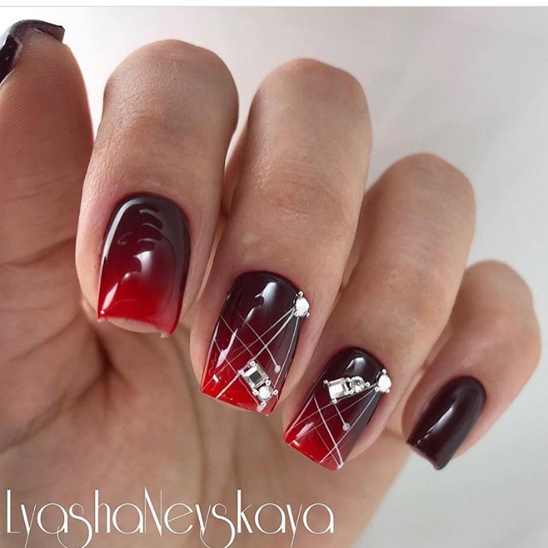 Красное омбре на ногтях_3