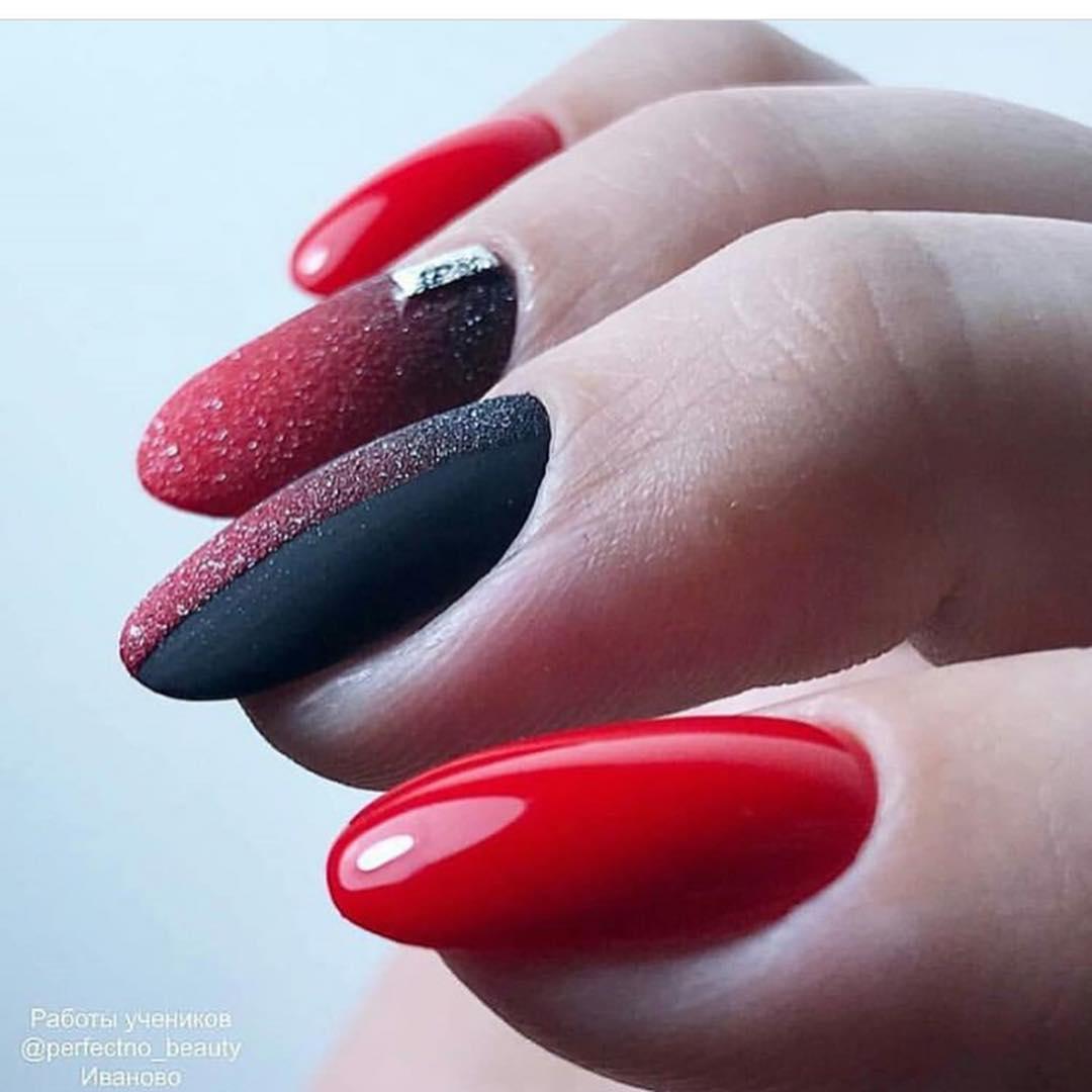 Красное омбре на ногтях_4