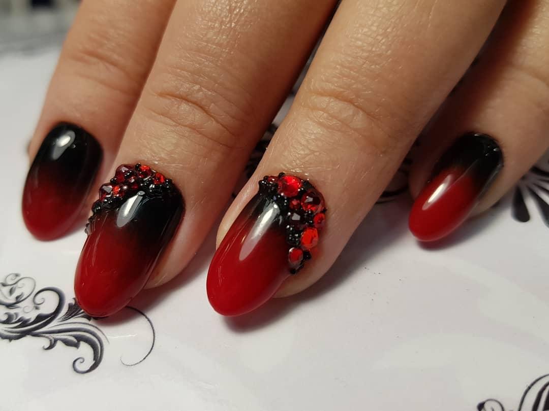 Красное омбре на ногтях_1