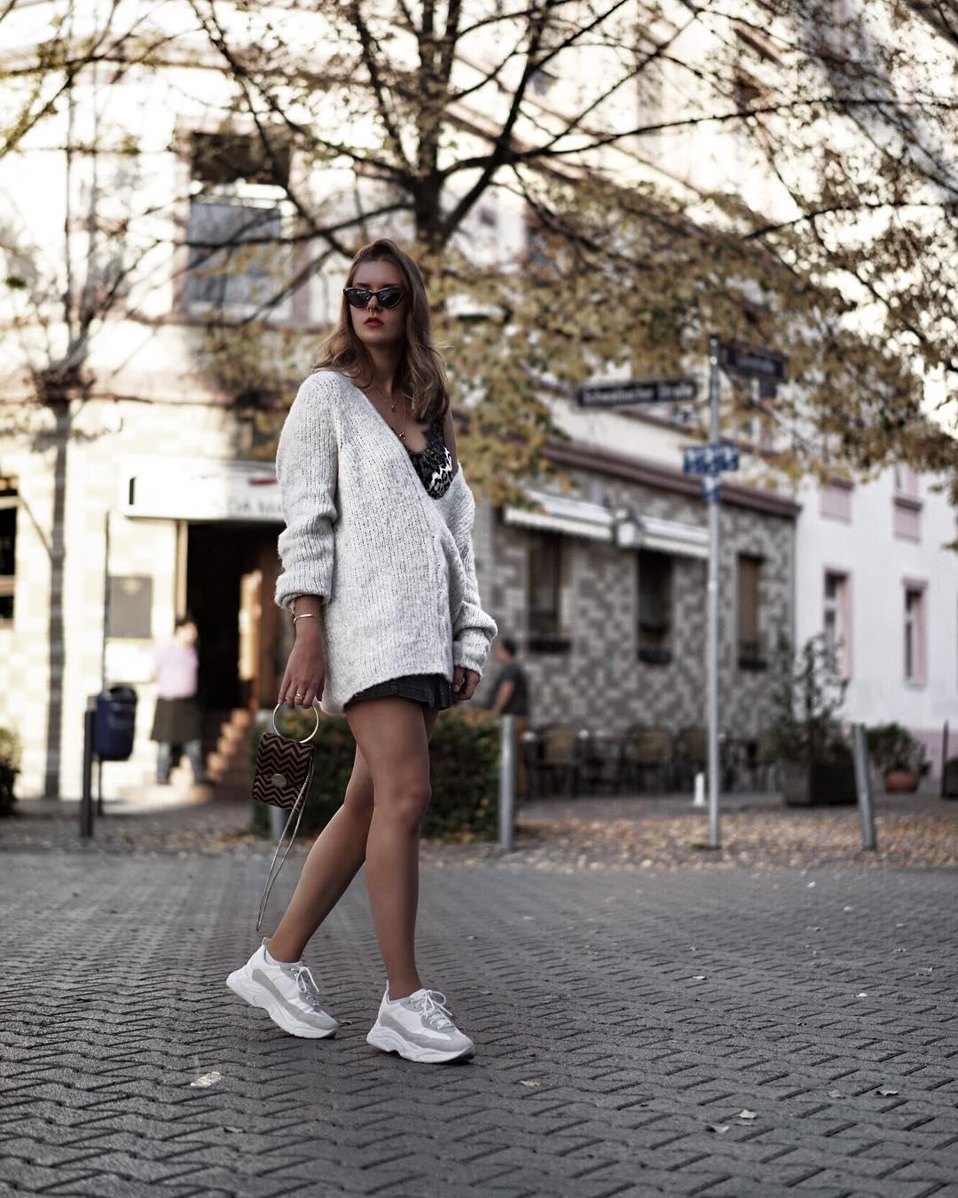 Платье с кроссовками_1