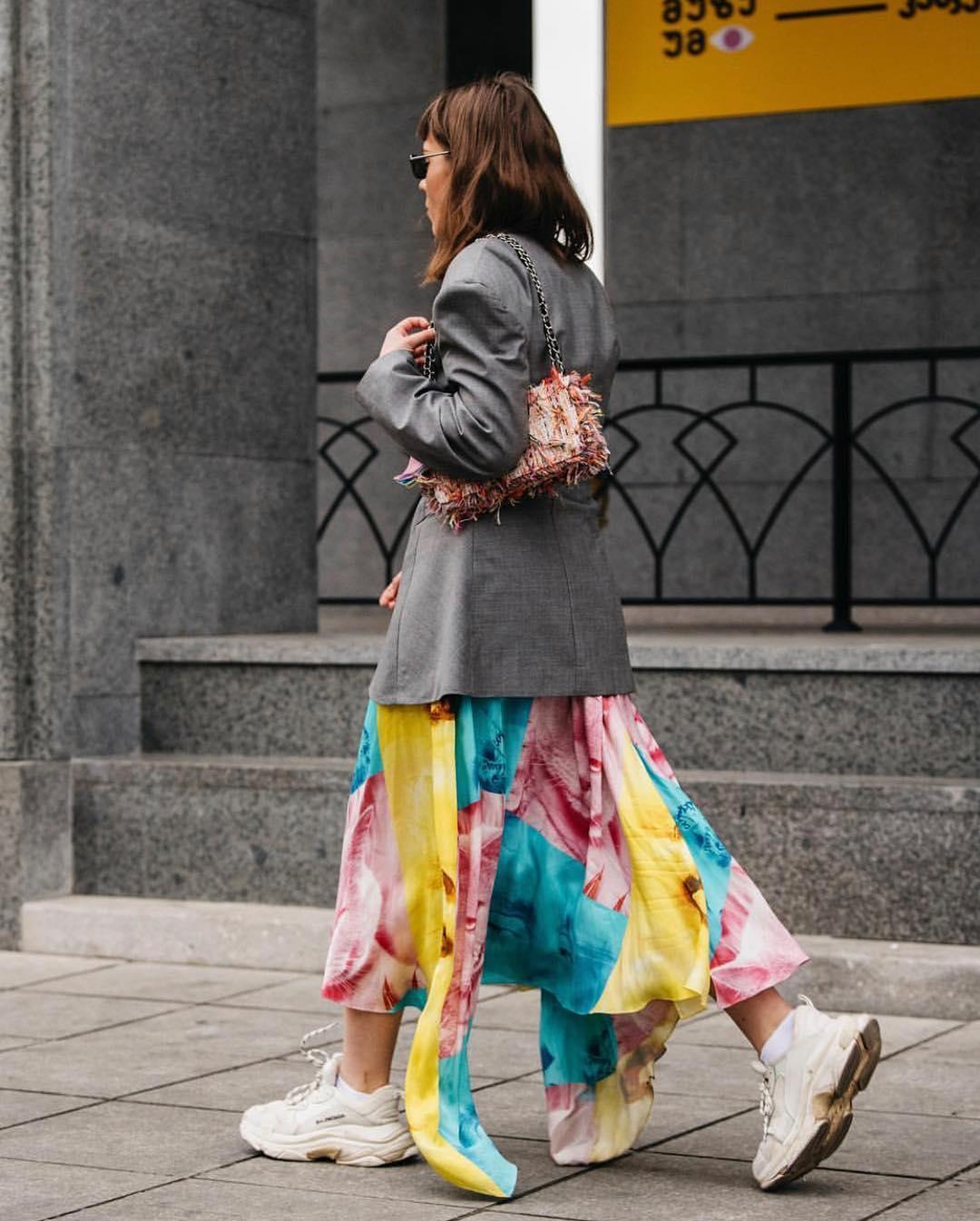 Платье с кроссовками_10