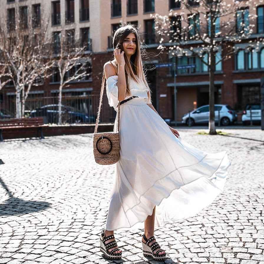 Платье с открытыми плечами_13