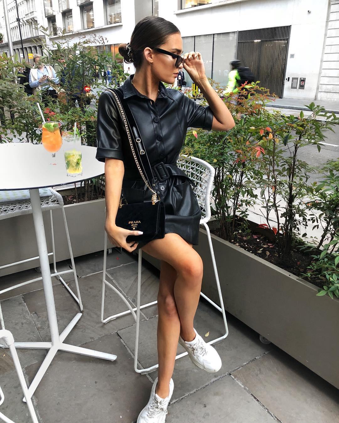 Платье с кроссовками_11