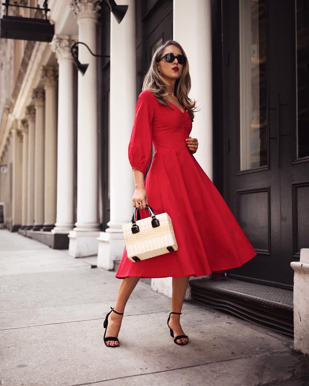 Модные весенние платья 2019 фото_12