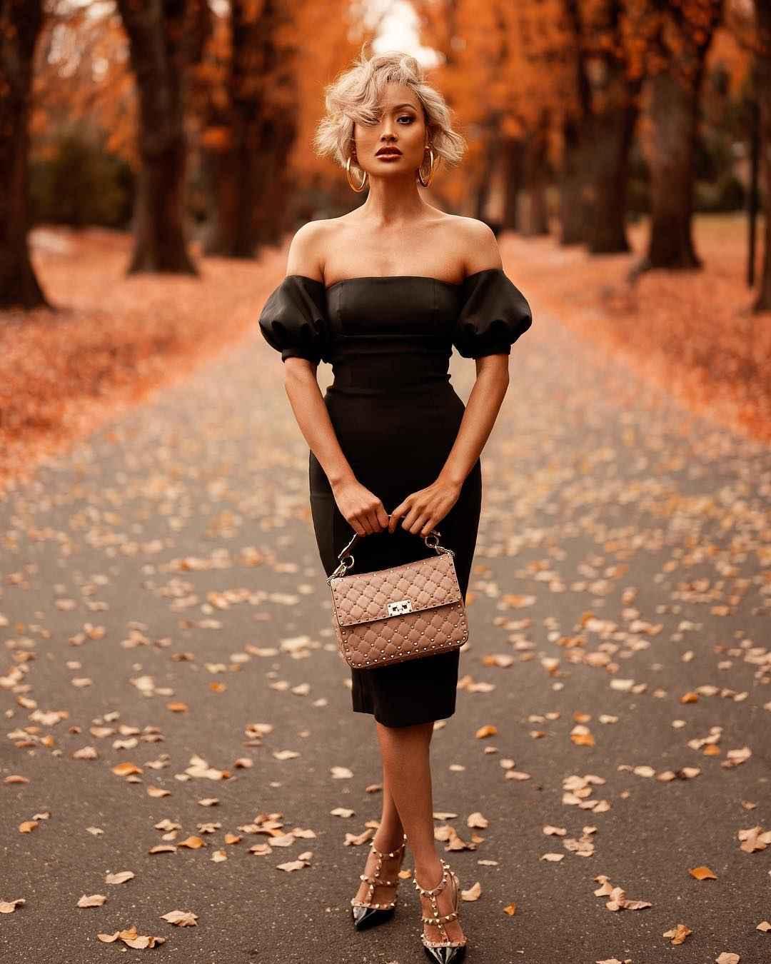 Платье с открытыми плечами_1