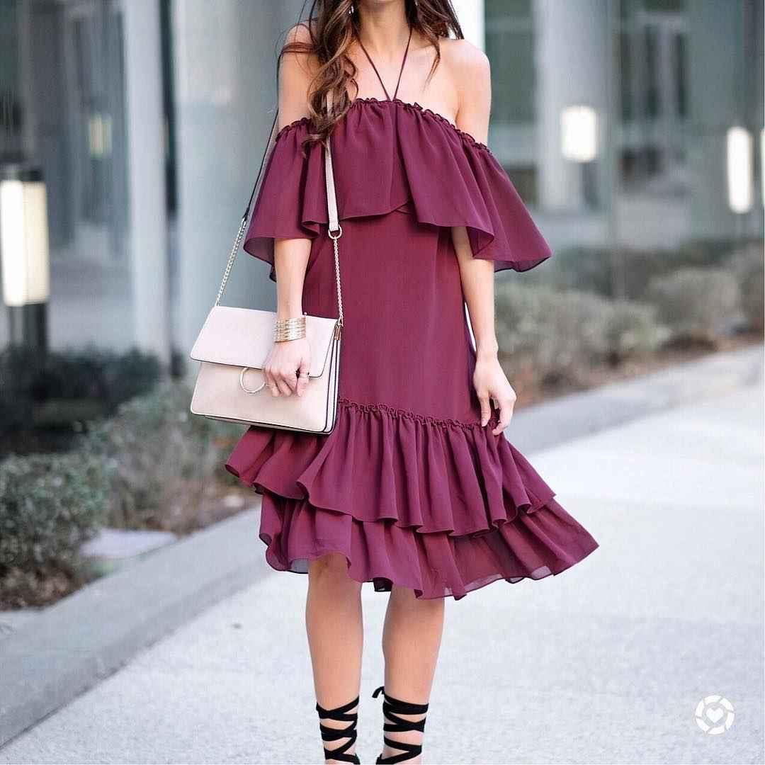 Платье с открытыми плечами_27
