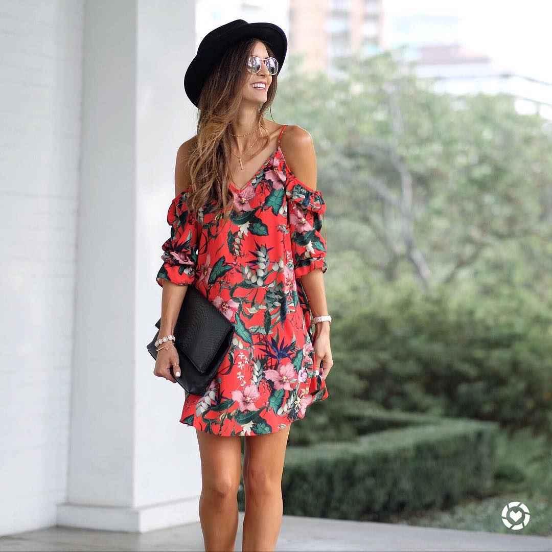 Платье с открытыми плечами_18
