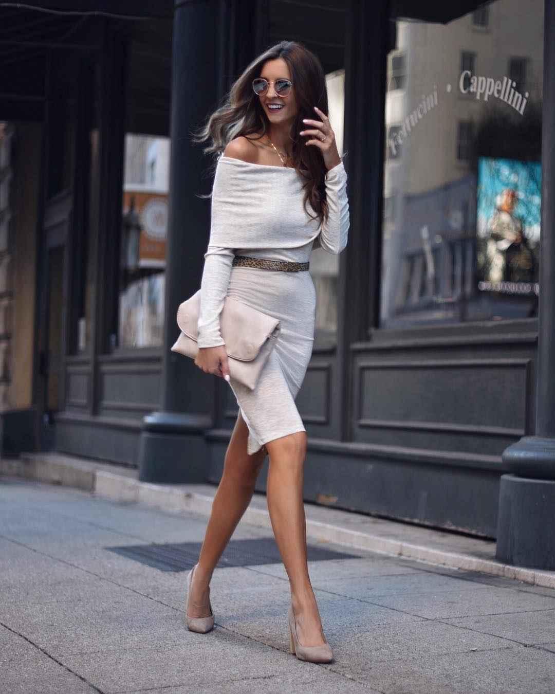 Платье с открытыми плечами_10