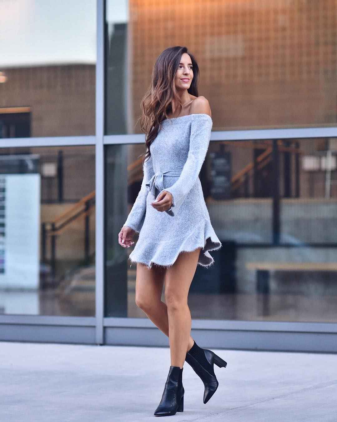 Платье с открытыми плечами_11