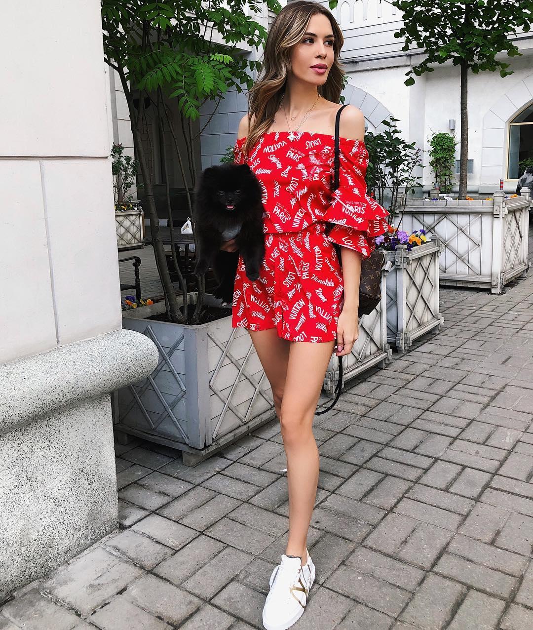 Платье с кроссовками фото_29