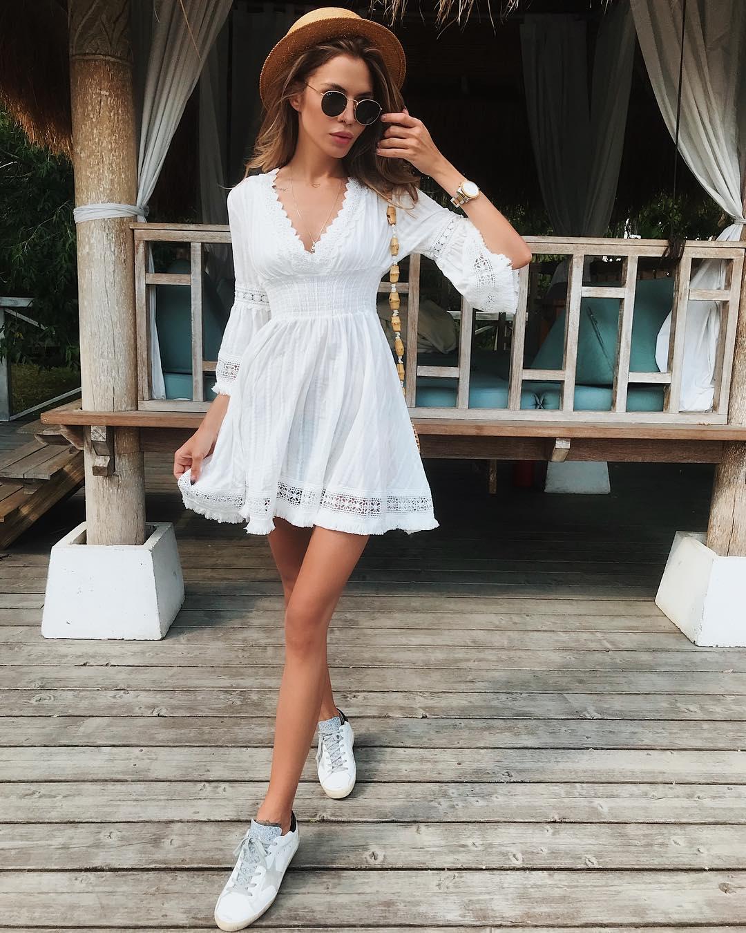 Платье с кроссовками фото_28