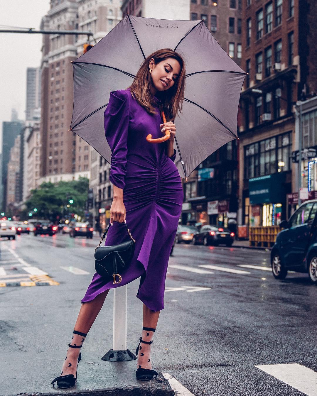 Модные весенние платья 2019 с широкими рукавами _43