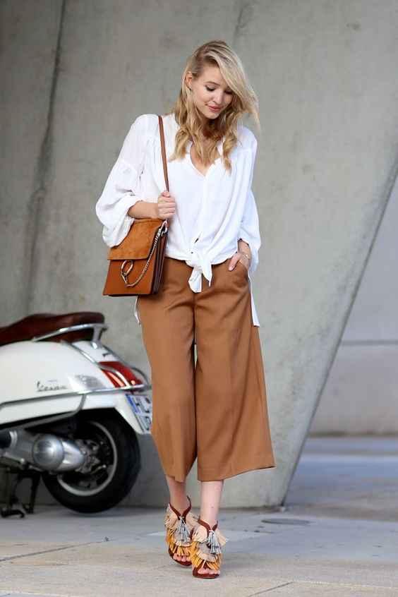 С чем носить коричневые брюки фото_2