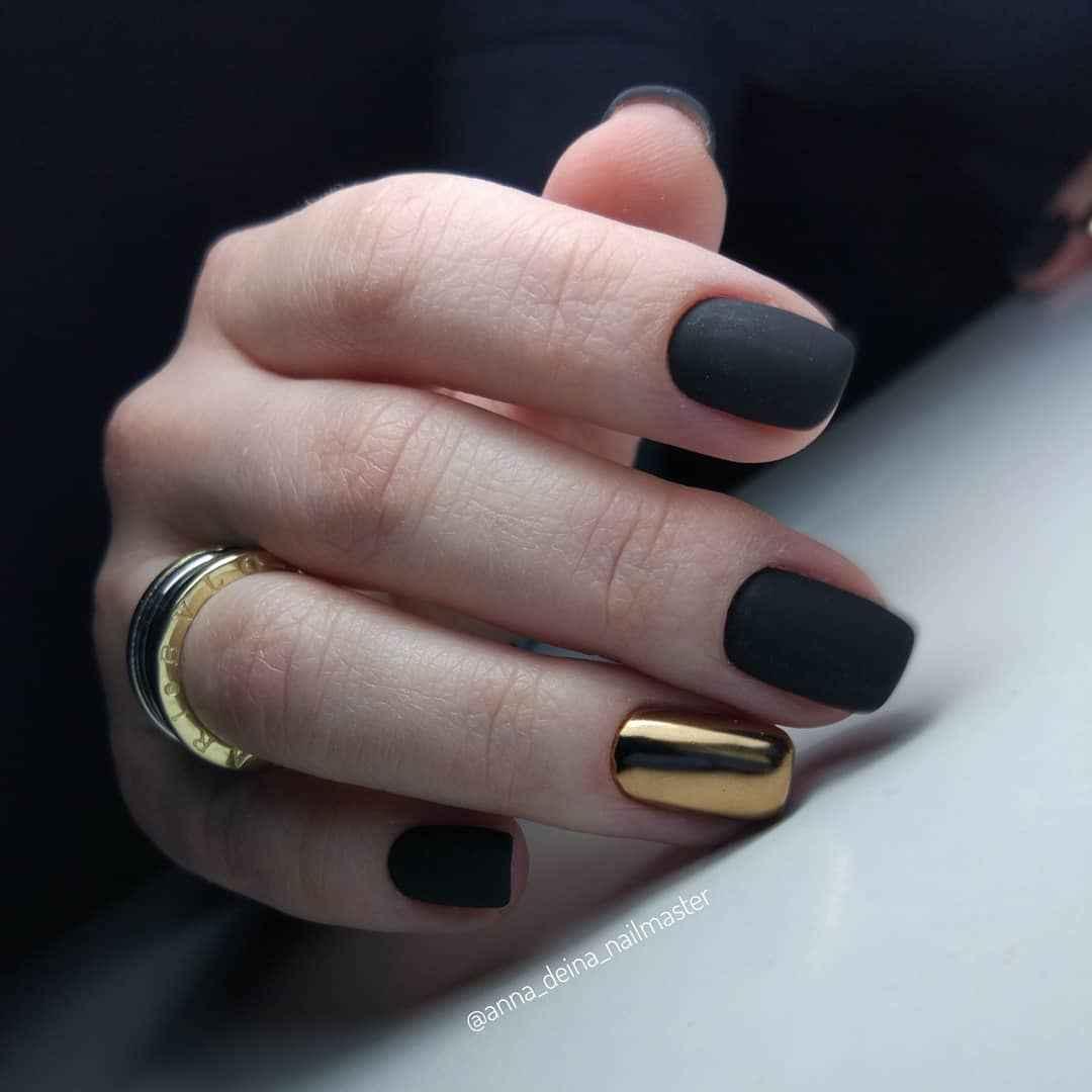Матовый маникюр на короткие ногти фото_2