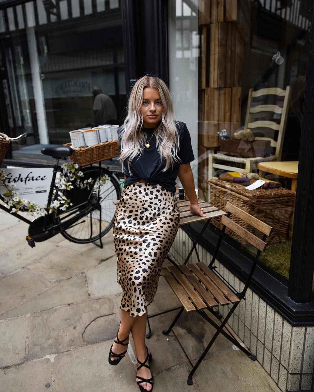 С чем носить леопардовую юбку карандаш фото_6