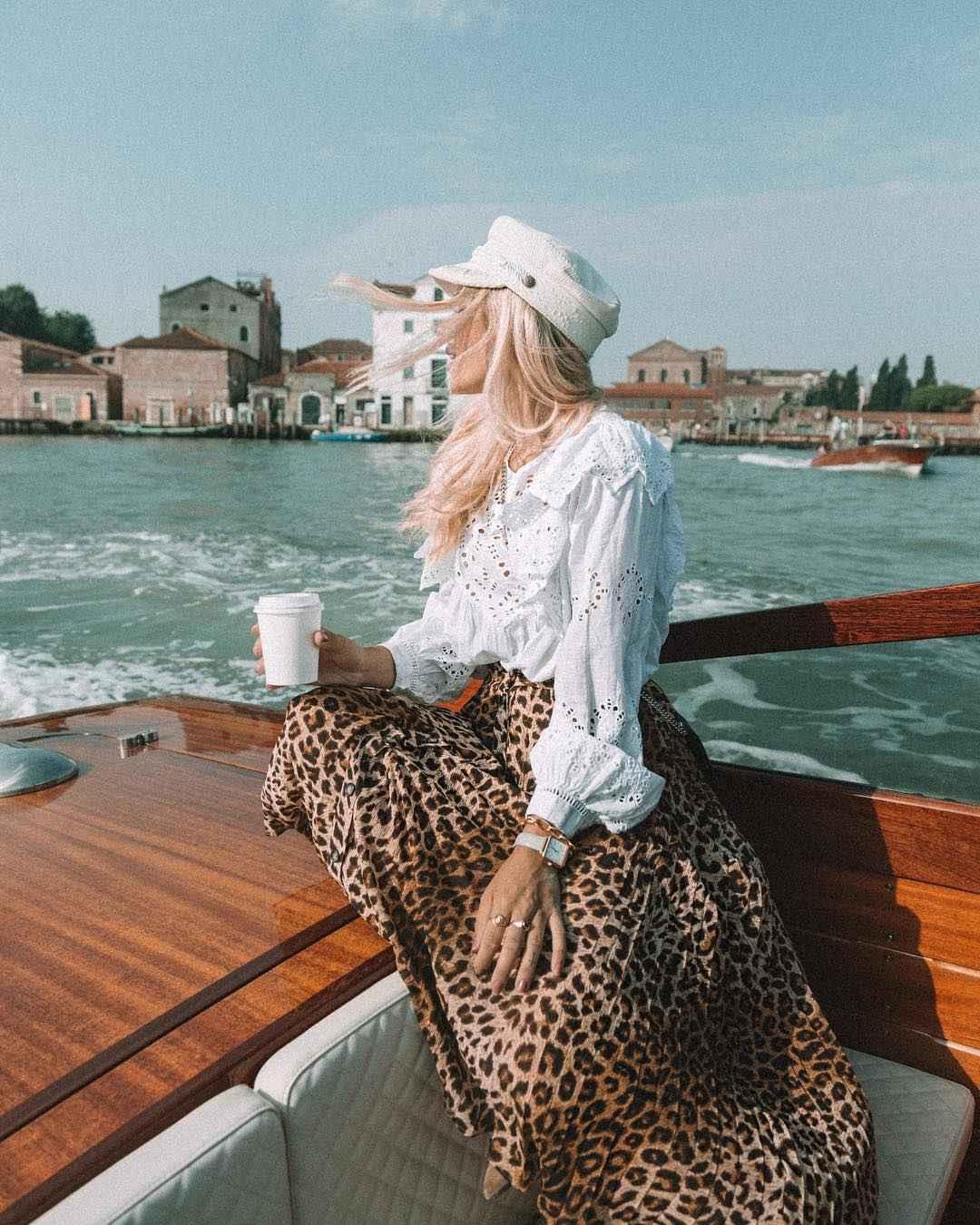 С чем носить леопардовую плиссированную юбку фото_5