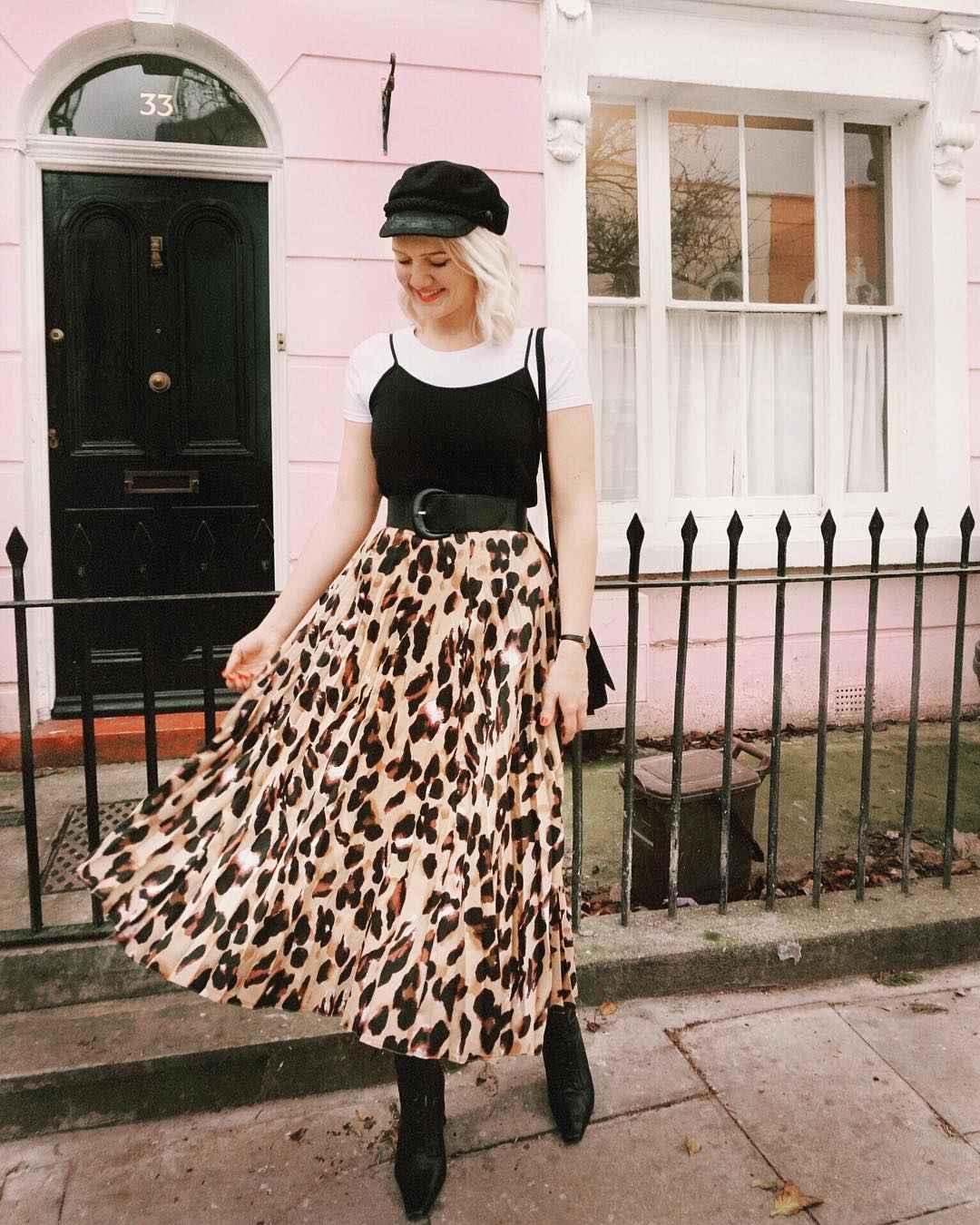 С чем носить леопардовую плиссированную юбку фото_12