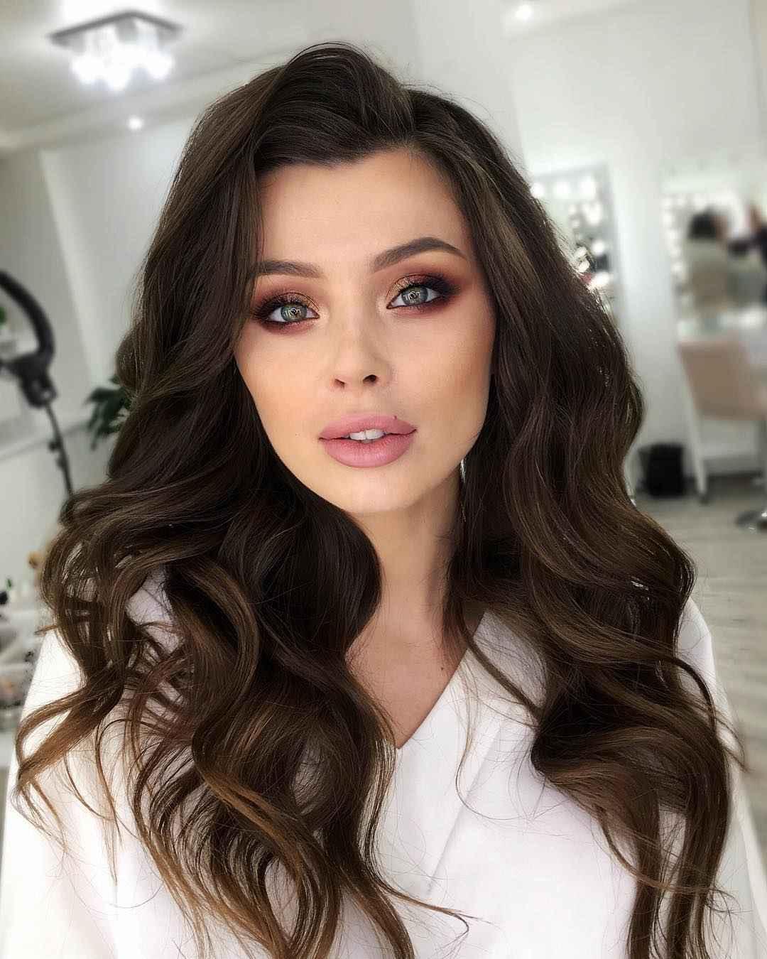Дневной макияж для темных волос и зеленых глаз_7