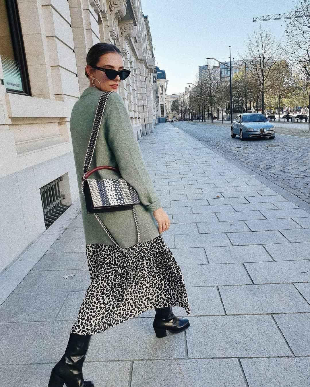 С чем носить длинную леопардовую юбку фото_10