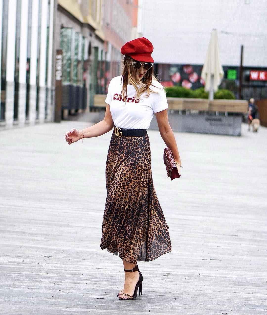 С чем носить леопардовую плиссированную юбку фото_6