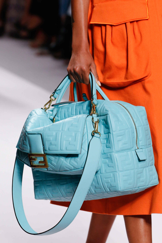 Модные сумки весна-лето 2019 фото_31
