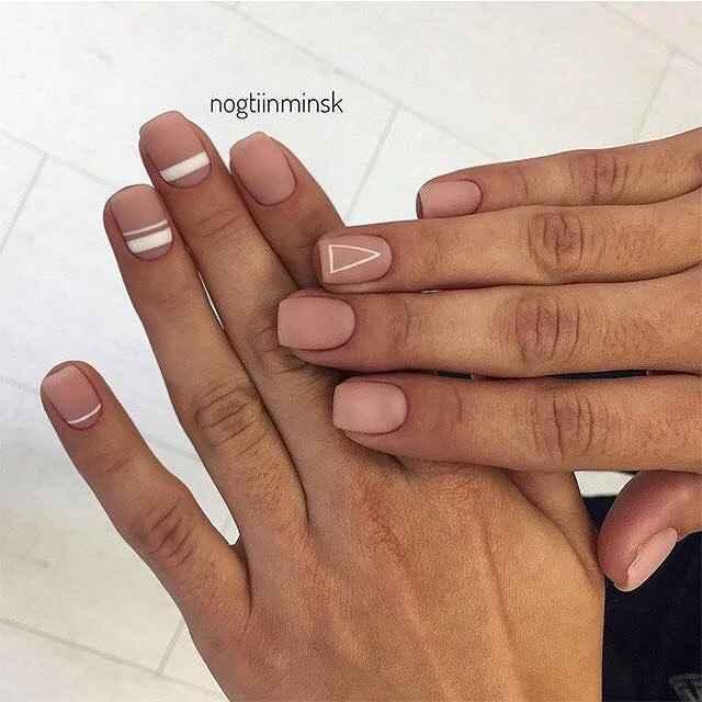 Нежный маникюр на короткие ногти весна 2019 фото_2