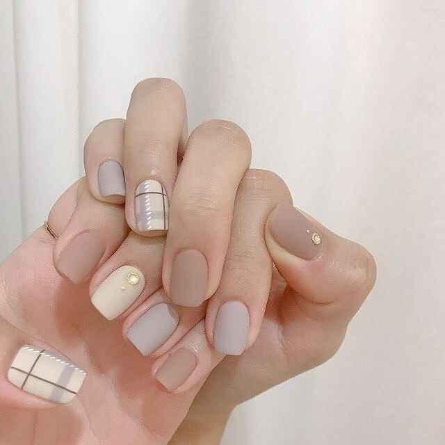 Нежный маникюр на короткие ногти весна 2019 фото_1