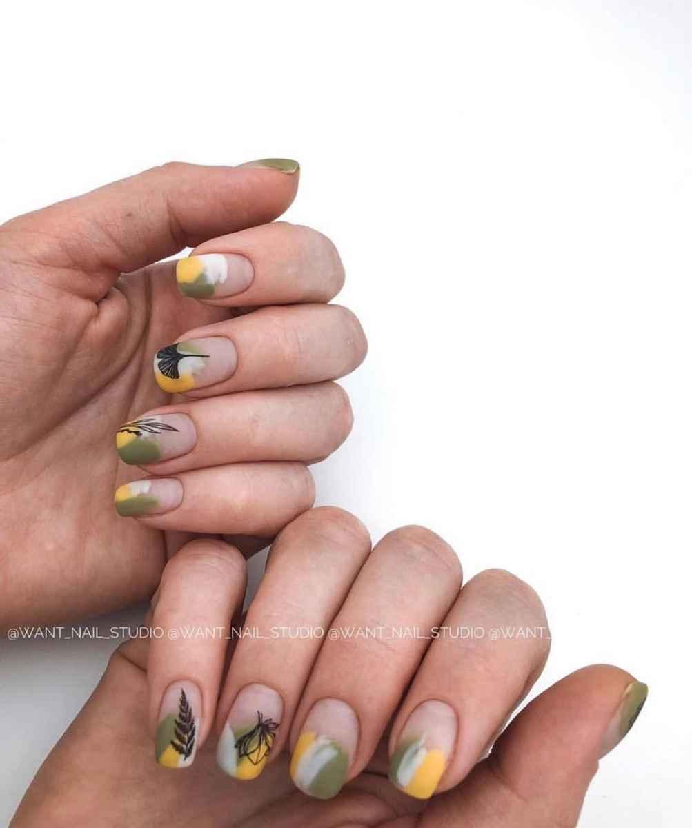 Пастельный маникюр на коротких ногтях фото_39