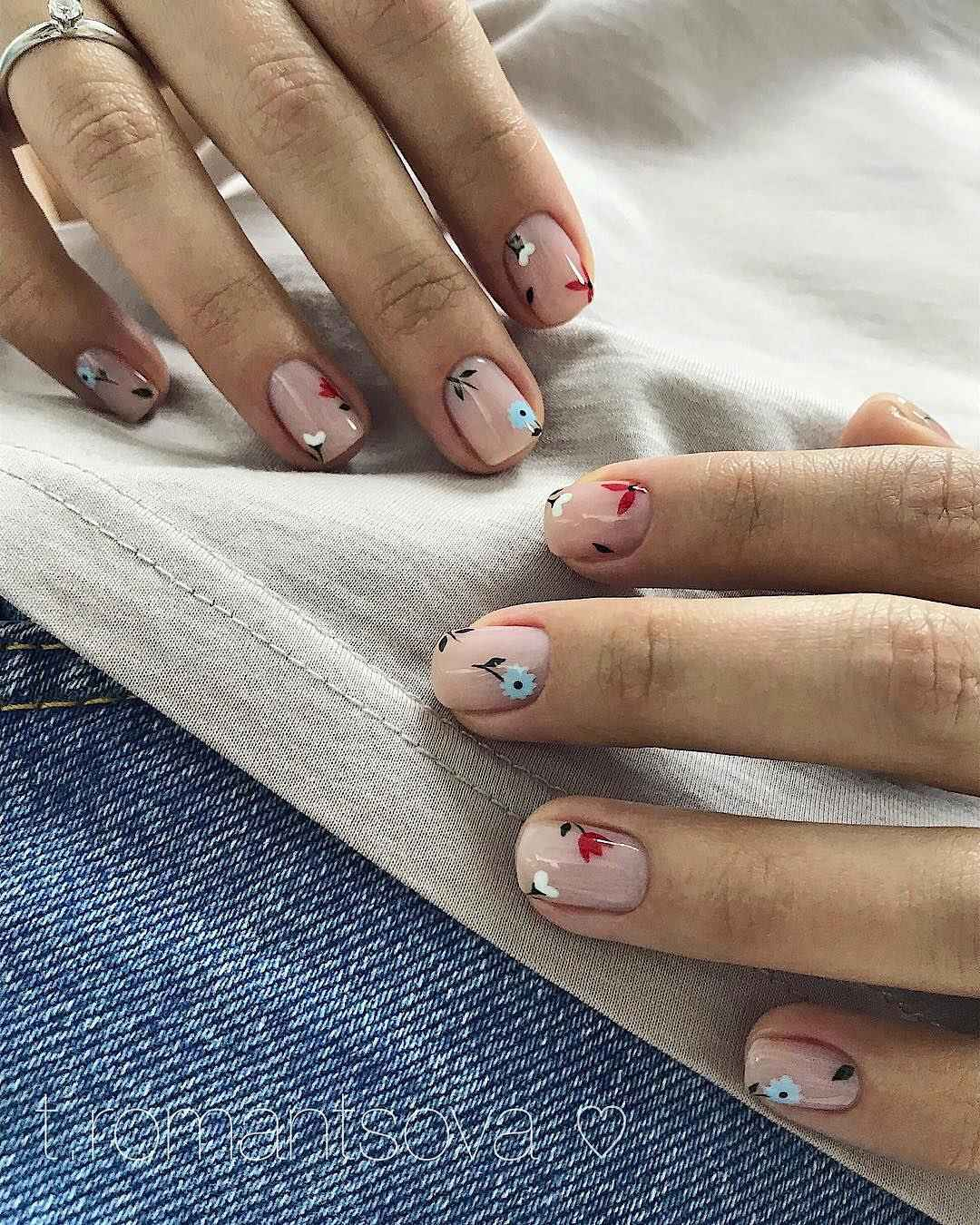 Тренды маникюра на короткие ногти весна 2019 фото_13