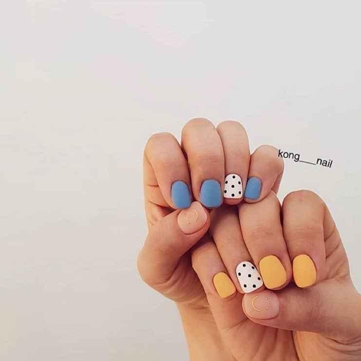 Пастельный маникюр на коротких ногтях фото_17