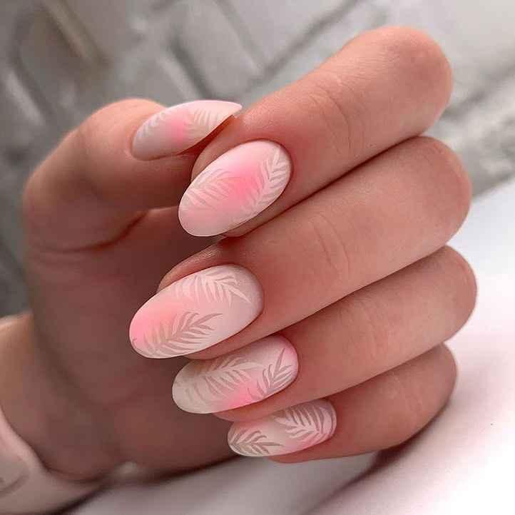 Маникюр на короткие ногти весна 2020 фото_2