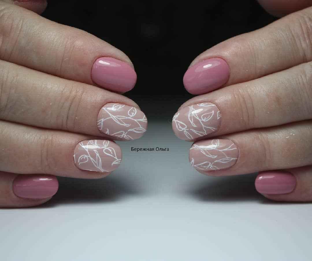 Пастельный маникюр на коротких ногтях фото_24