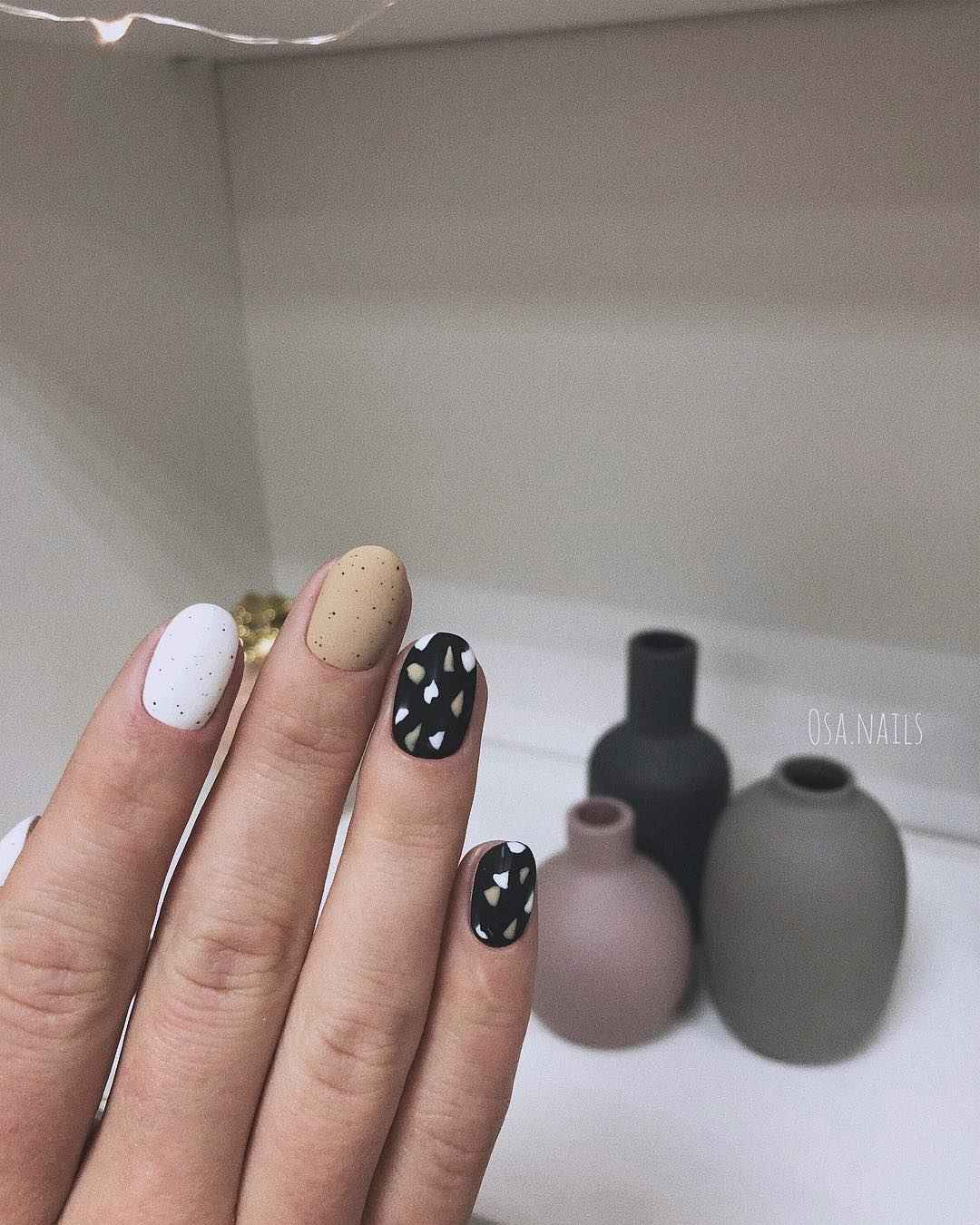 Тренды маникюра на короткие ногти весна 2019 фото_7