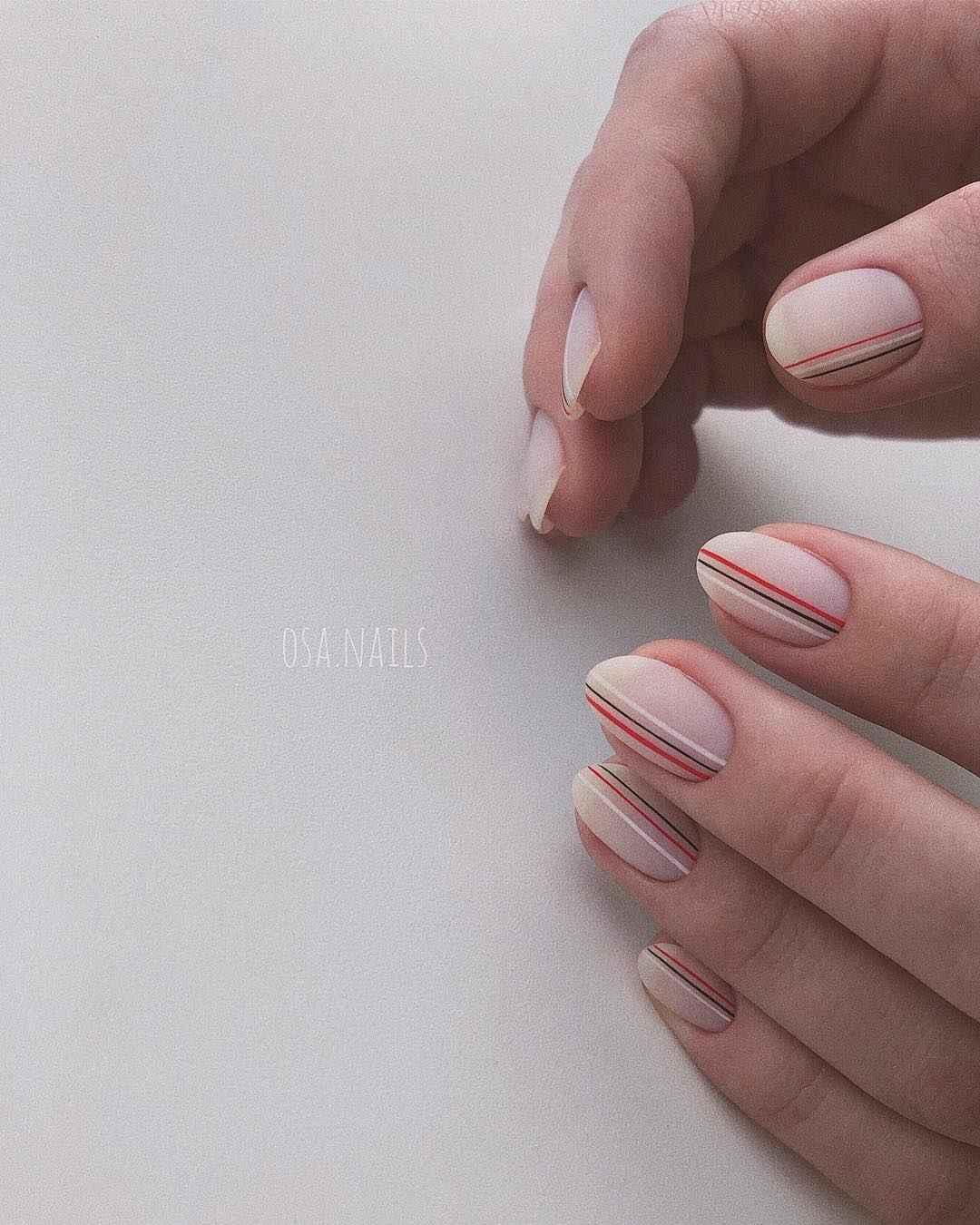 Тренды маникюра на короткие ногти весна 2019 фото_5
