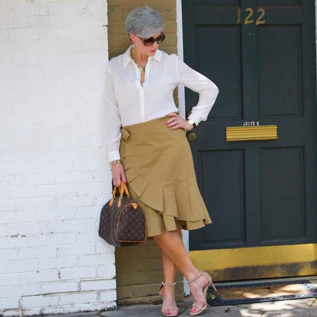 рубашки и блузы для женщин 50 лет 2019 фото_14