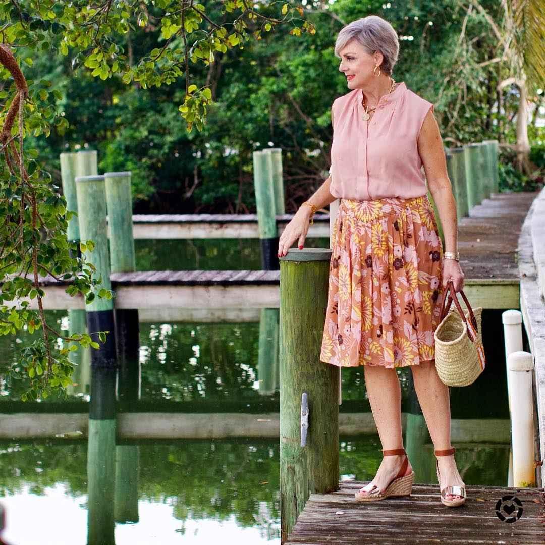 рубашки и блузы для женщин 50 лет 2019 фото_8