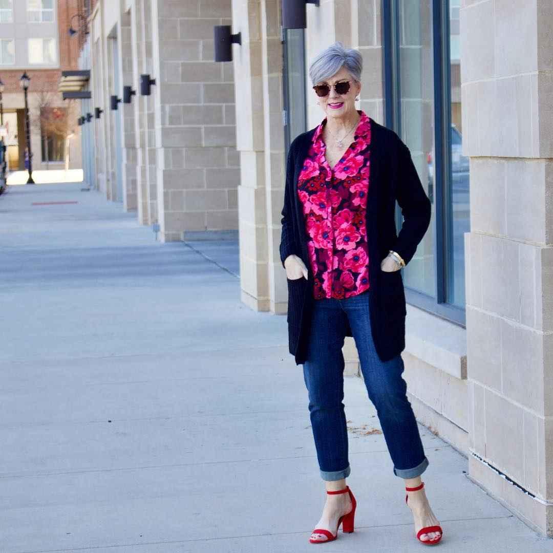 рубашки и блузы для женщин 50 лет 2019 фото_7