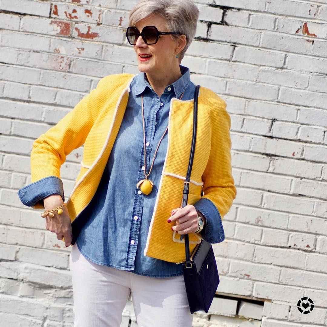 рубашки и блузы для женщин 50 лет 2019 фото_1