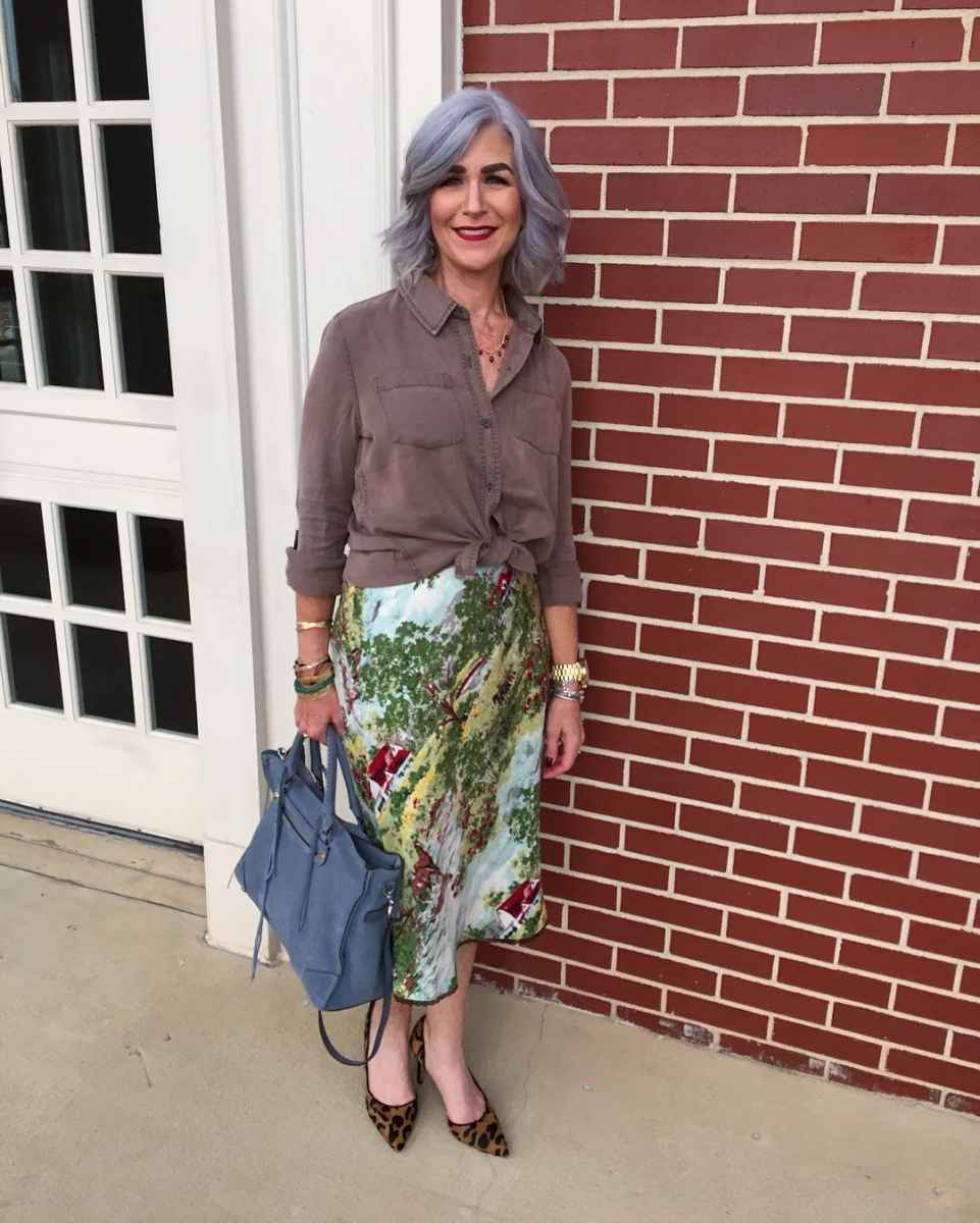 рубашки и блузы для женщин 50 лет 2019 фото_30