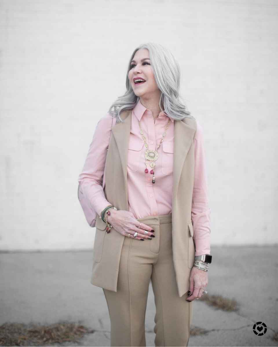 рубашки и блузы для женщин 50 лет 2019 фото_24