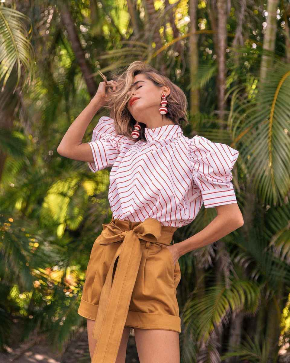 Красивые образы с блузами и рубашками 2019 фото_3