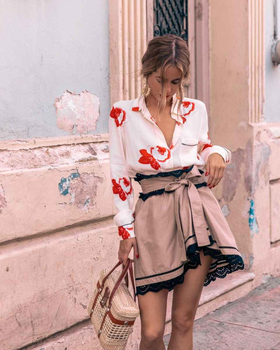 рубашки и блузы с принтом 2019 фото_4