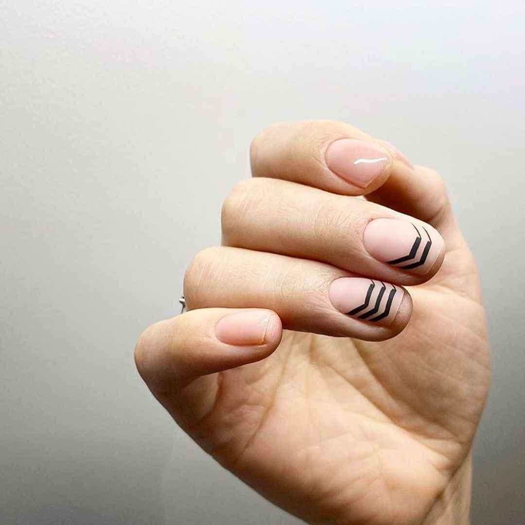 Маникюр на короткие ногти весна 2020 фото_34