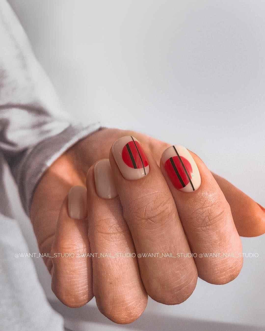 Маникюр на очень короткие ногти фото_17