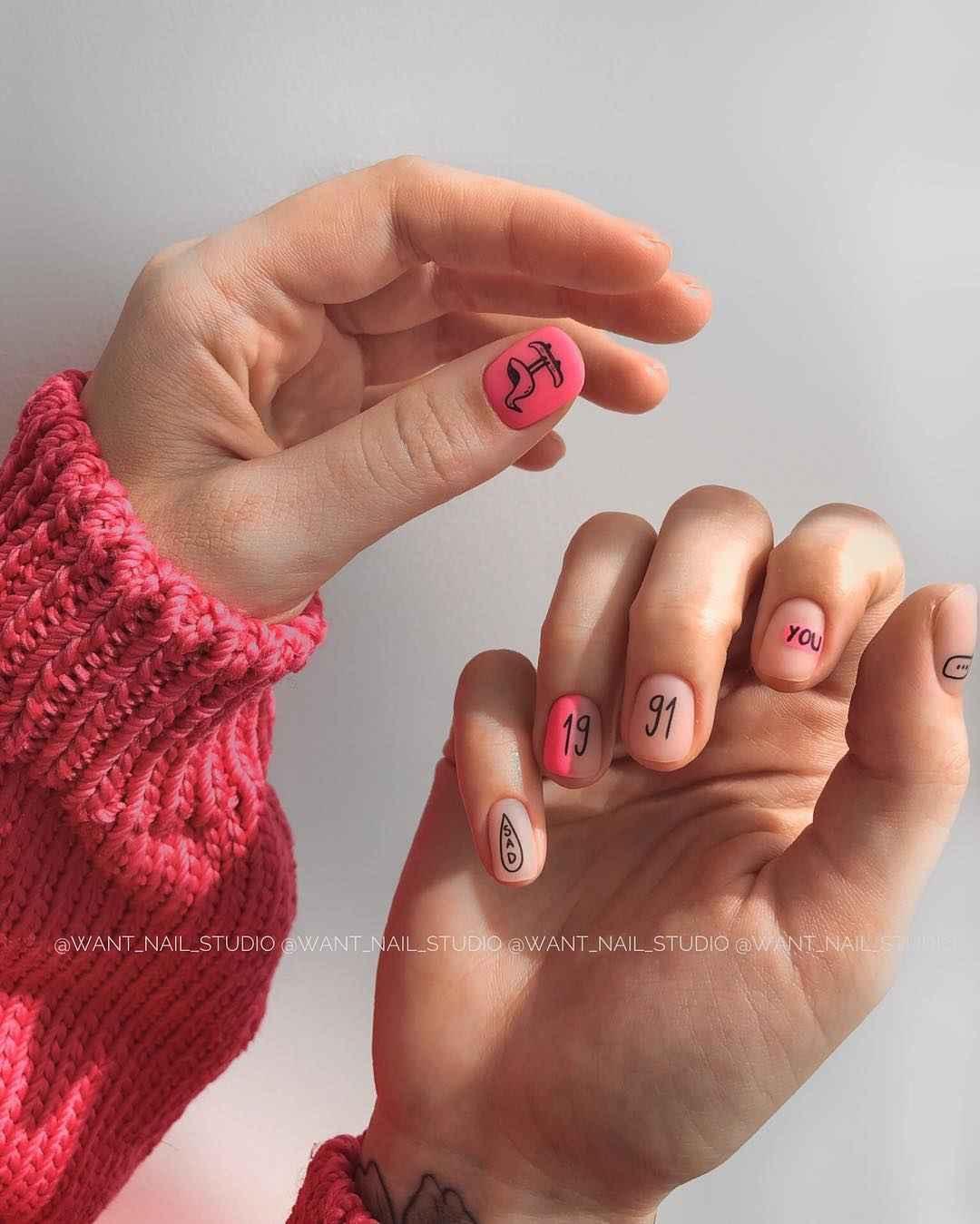 Маникюр на очень короткие ногти фото_18