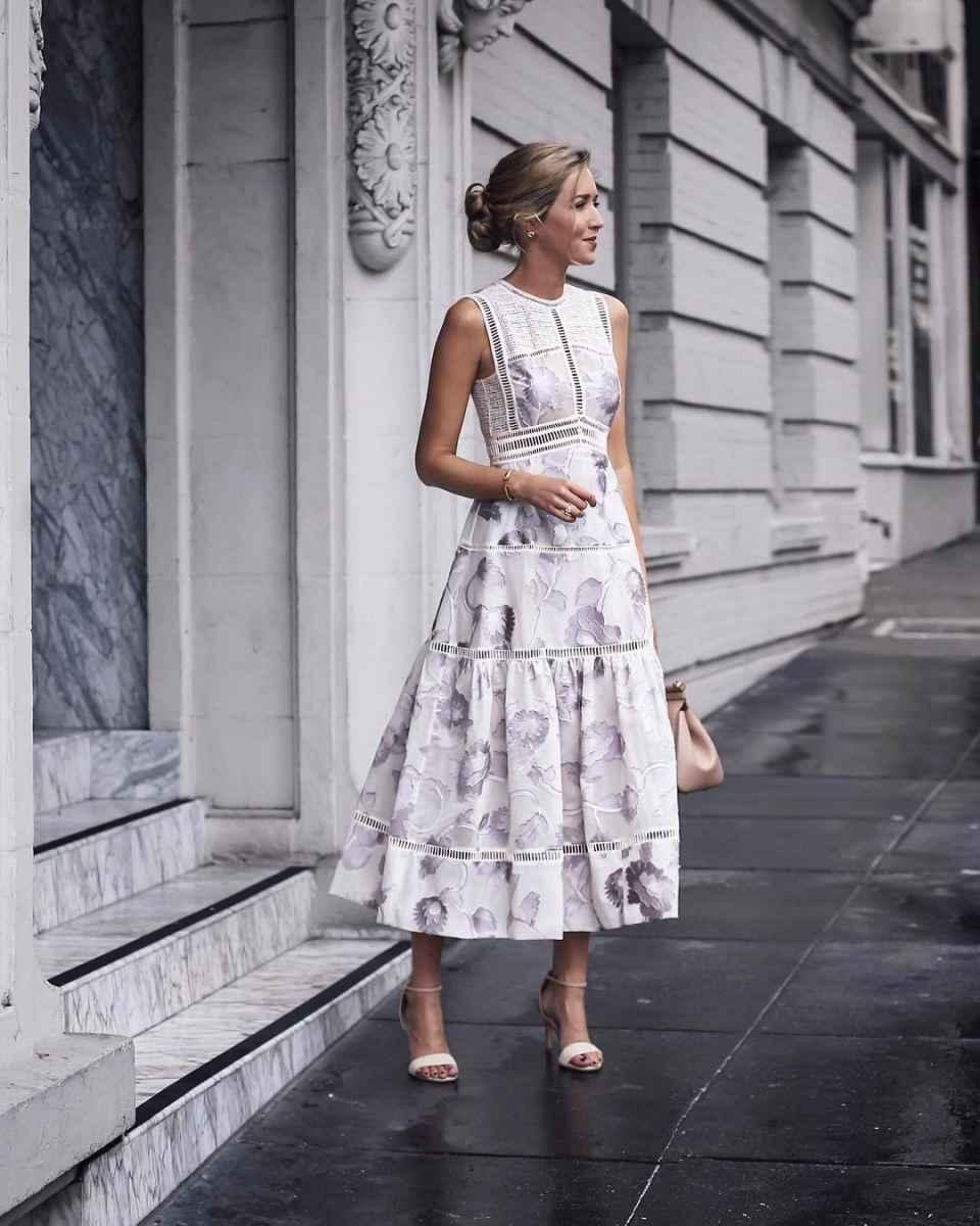 платье с цветочным принтом 2019 фото_5