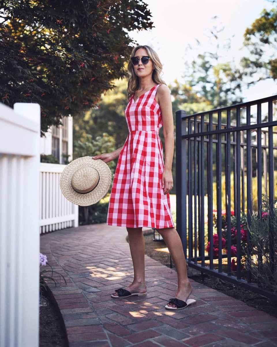 Модные летние платья в клетку фото_3