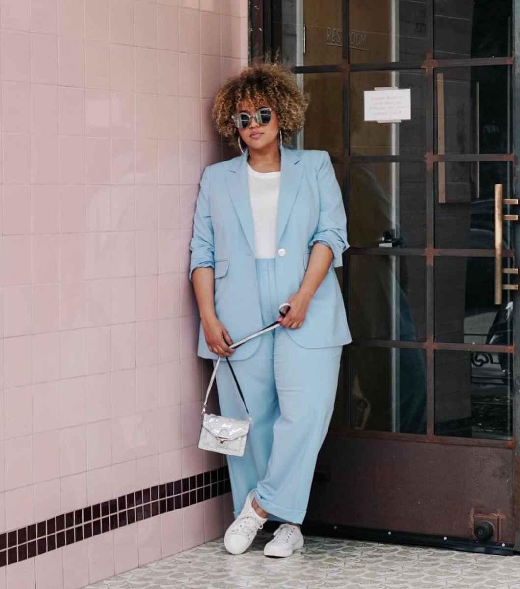 Модные луки для полных женщин лето 2019 фото_29
